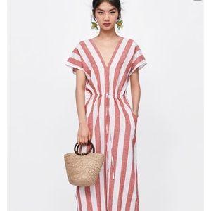 ZARA VNECK CAFTAN RED/WHITE VERTICAL STRIPE DRESS